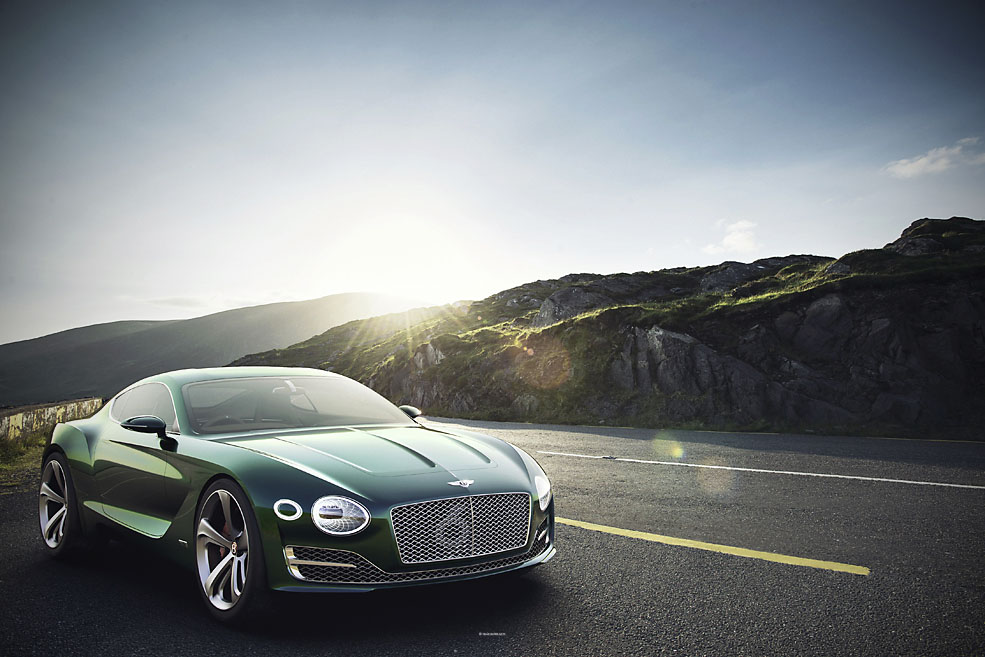 Supercar Bentley EXP10Speed6-7