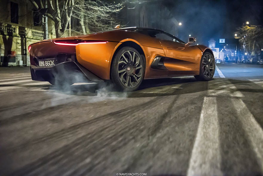 Jaguar C-X75 Review