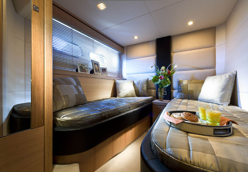 Boats for sale Miami - Sunseeker Manhattan 63 Guest Cabin