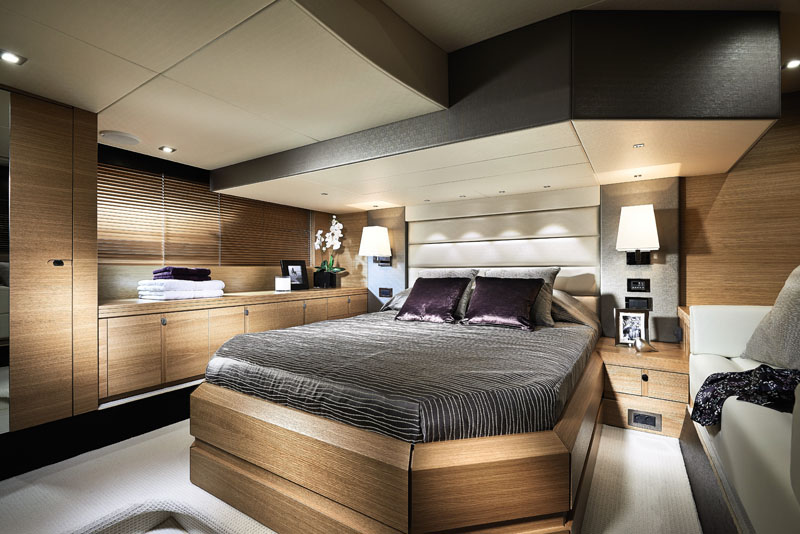 Boats for Sale Miami - Sunseeker San Remo Stateroom